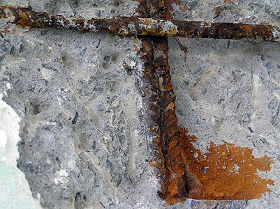 Digging Rust spots in concrete
